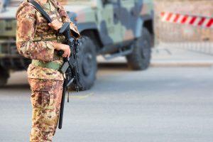 ασφαλεια αυτοκινητου για στρατιωτικους